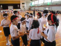 他校の児童・生徒たちとの交流です。