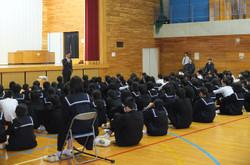 学校長からは学校外では「いかのおすし」の実践を呼びかけられました。