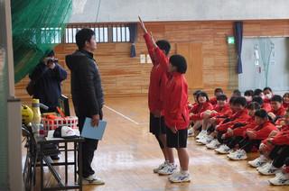 選手宣誓。保体部の生徒代表が行いました。