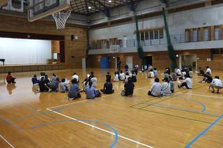 今日は7つの支部が末吉中学校に集まって支部PTAを行いました。