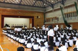 10の部活動等のキャプテンが研大会に向けての抱負を発表しました。