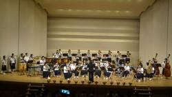 第1部は夏の祭典や県吹奏楽コンクールの曲を演奏しました。
