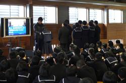 先日行われた持久走・駅伝大会の表彰が行われました。